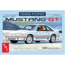1988 Ford Mustang GT 1/25