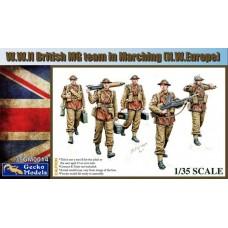 W.W. II British MG Team Marching (N.W. Europe) 1/35