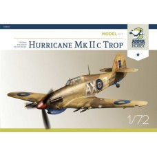 Hawker Hurricane Mk IIc Trop Model Kit 1/72