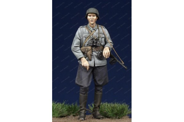 Bodi 35147 Finnish Officer WW II 1/35