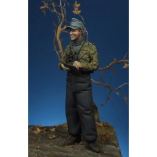 Corpus C35014 German panzer officer 1/35