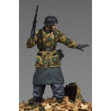 Corpus C35030 German Paratrooper 1/35