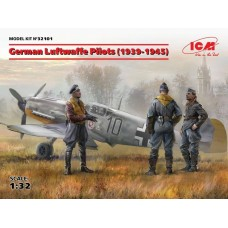 German Luftwaffe Pilots (1939-1945) 3 Figures 1/32