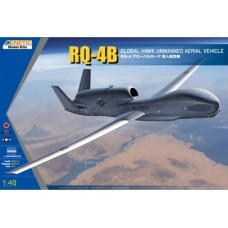 RQ-4B Global Hawk 1/48
