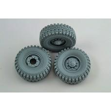 "Wheel set ""Natashka"" for 6X6 Truck URAL-375,4320 (6pcs plus extra) for Zvezda, Trumpeter, ICM kits 1/35"