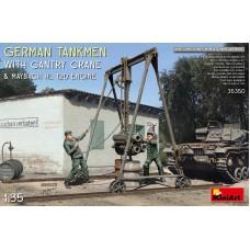 German Tankmen with Gantry Crane & Maybach HL 120 Engine 1/35