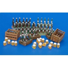 Beer Bottles and Crates, 1/35
