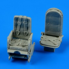1/48 Ju 52 seat with safety belts
