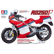 Suzuki RG250 Γ with Full Options 1/12