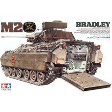M2 Bradley Infantry Fighting Vehicle 1/35